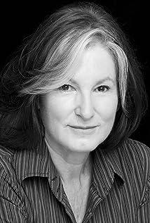 Aktori Deborah Findlay