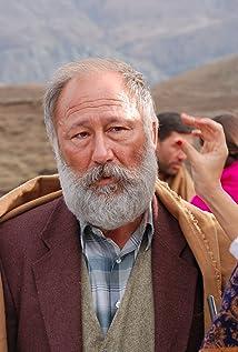 Aktori Altan Erkekli