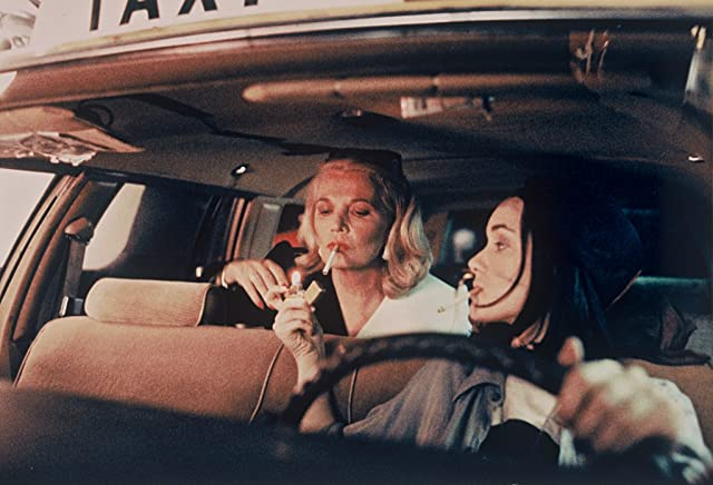 Winona Ryder and Gena Rowlands in Night on Earth (1991)