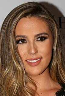 Sophia Rose Stallone earned a  million dollar salary - leaving the net worth at 10 million in 2018