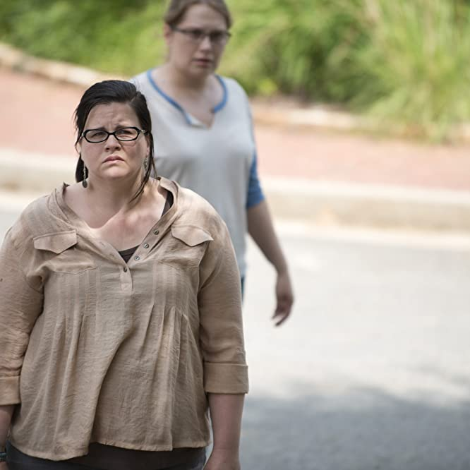 Merritt Wever y Ann Mahoney en The Walking Dead (2010)