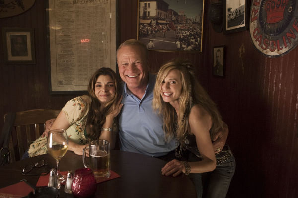 Holly Hunter, Laura San Giacomo, and Barry Switzer in Saving Grace (2007)