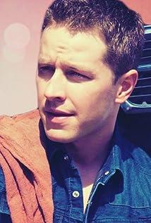 Aktori Josh Dallas