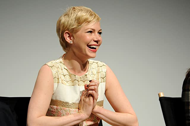 Michelle Williams at Take This Waltz (2011)