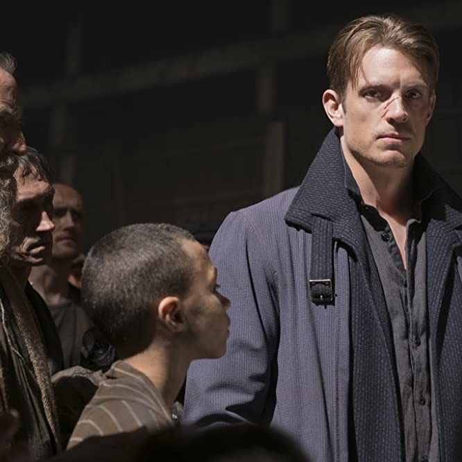 Joel Kinnaman in Altered Carbon (2018)
