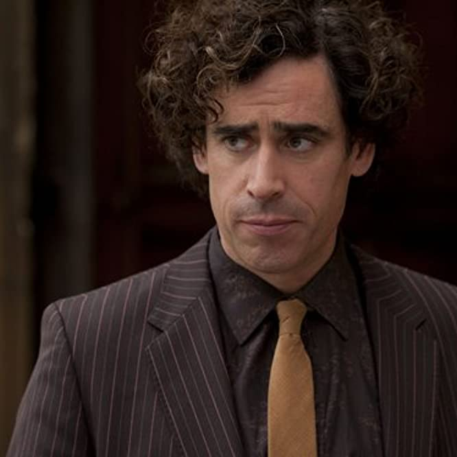 Stephen Mangan in Dirk Gently (2010)