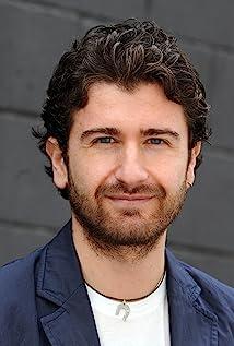 Aktori Alessandro Siani