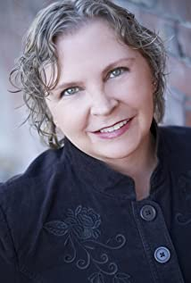 Elizabeth Miklavcic Picture