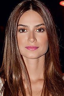 Aktori Thaila Ayala