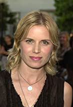 Kim Dickens's primary photo