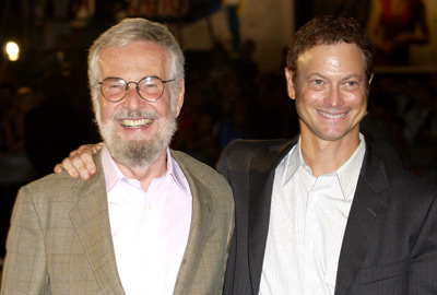 Gary Sinise and Robert Benton at an event for The Human Stain (2003)