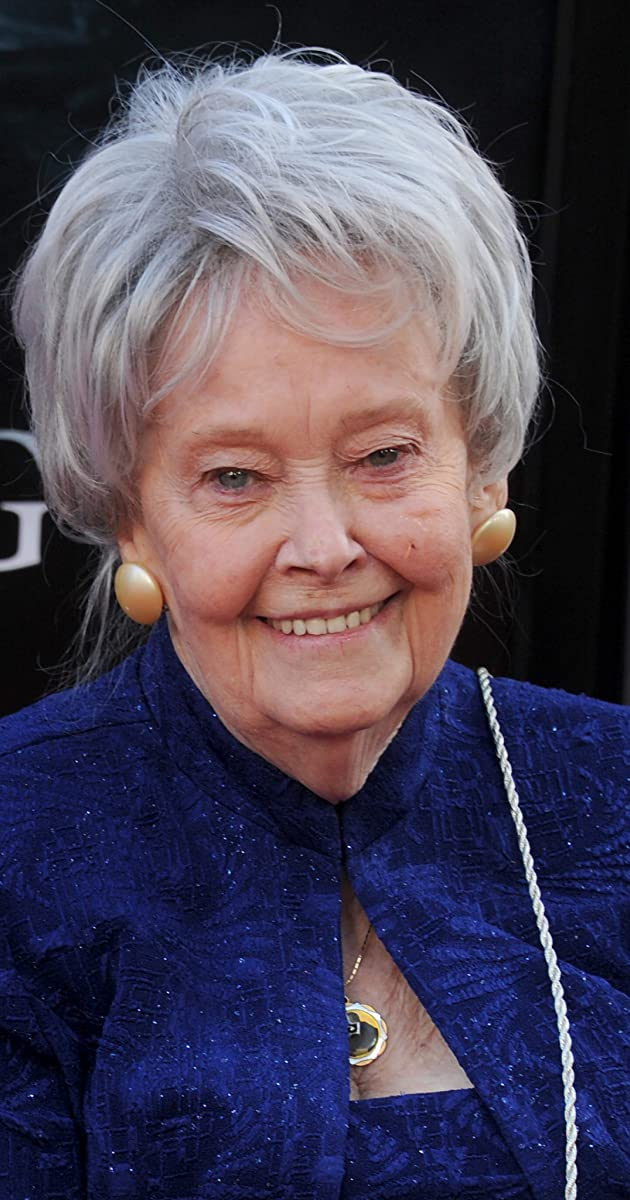 lorraine warren - photo #5