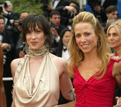 Alanis Morissette and Sheryl Crow at De-Lovely (2004)