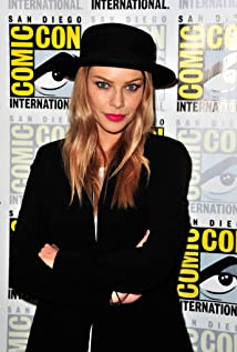 Lauren German Picture