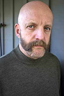 Aktori Jim Tavaré