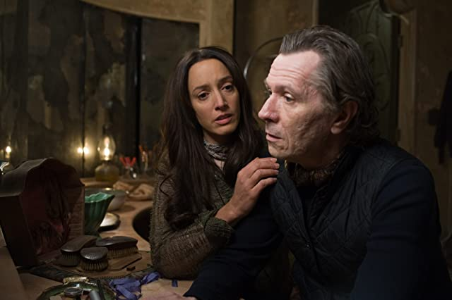 Gary Oldman and Jennifer Beals in The Book of Eli (2010)