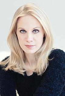 Aktori Hallie Shepherd