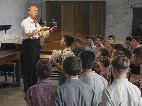 Gérard Jugnot in The Chorus (2004)