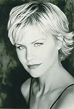 Josie Davis's primary photo