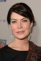 Lara Flynn Boyle's primary photo