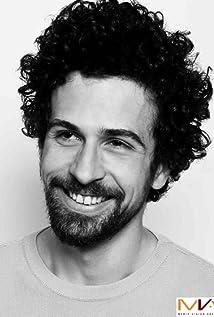 Aktori Alessandro Giuggioli