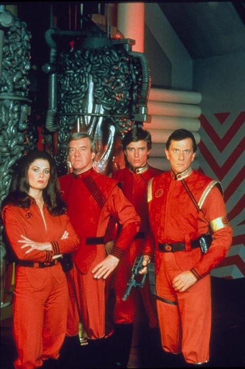 Jane Badler, Richard Herd, Peter Nelson, and Andrew Prine in V: The Final Battle (1984)