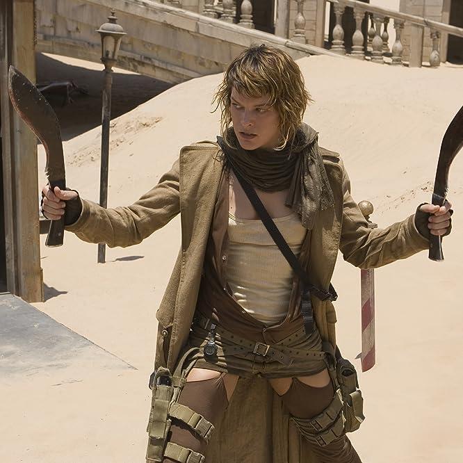 Milla Jovovich in Resident Evil: Extinction (2007)