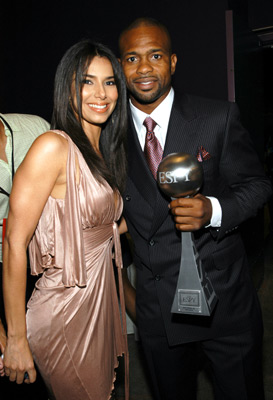 Roselyn Sanchez and Roy Jones Jr. at an event for ESPY Awards (2003)