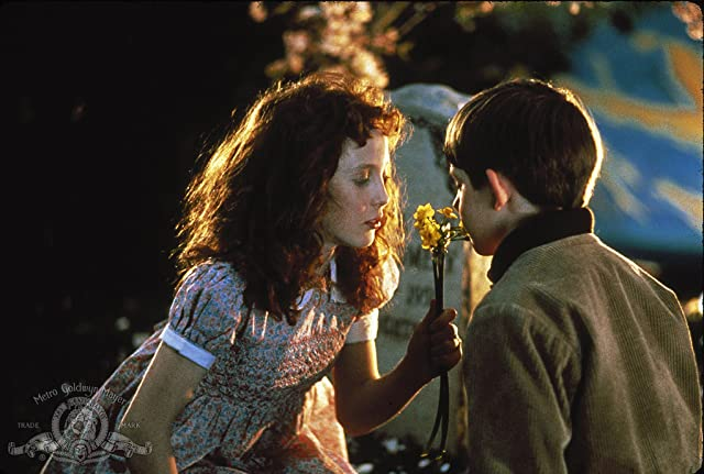 Lukas Haas and Joelle Jacobi in Lady in White (1988)