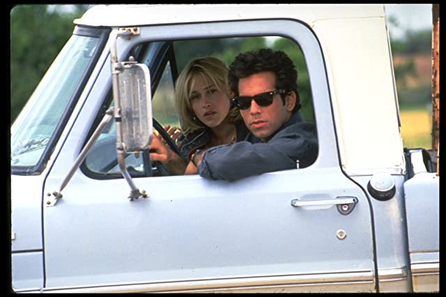Patricia Arquette and Ben Stiller in Flirting with Disaster (1996)