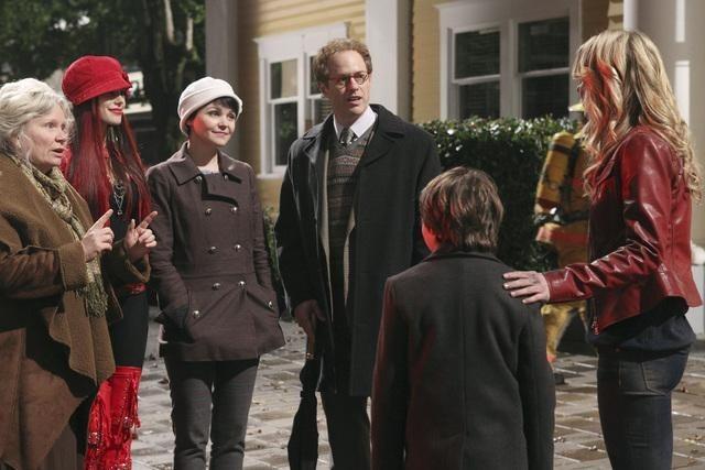 Beverley Elliott, Ginnifer Goodwin, Jennifer Morrison, Meghan Ory, Raphael Sbarge, and Jared Gilmore in Once Upon a Time (2011)