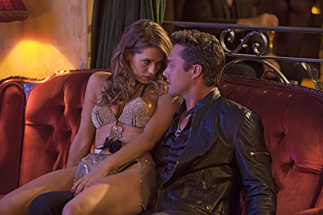 Lyndsy Fonseca and Taylor Kinney in Five (2011)