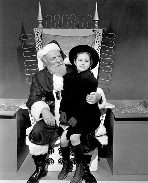 Edmund Gwenn and Marlene Lyden in Miracle on 34th Street (1947)