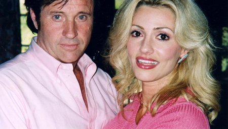 Robert Hays and Stella Farentino in Alex in Wonder (2001)