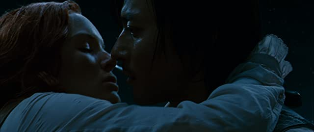 Kate Bosworth and Dong-gun Jang in The Warrior's Way (2010)