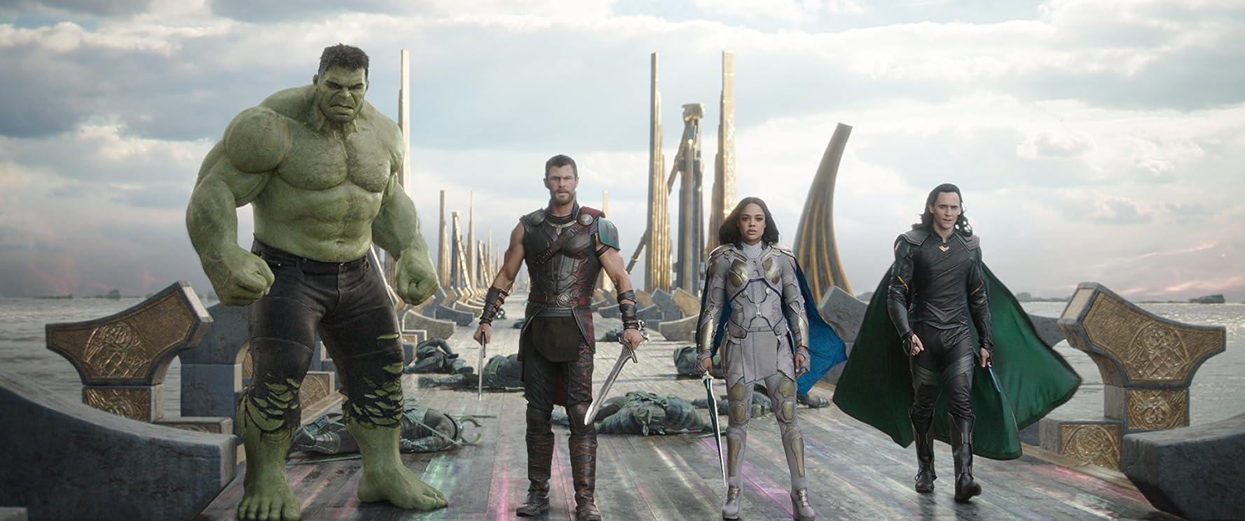 Mark Ruffalo, Tom Hiddleston, Chris Hemsworth, and Tessa Thompson in Thor: Ragnarok (2017)