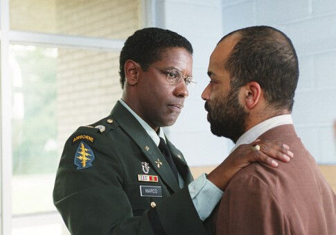 Denzel Washington and Jeffrey Wright in The Manchurian Candidate (2004)