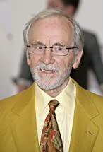 Andrew Sachs's primary photo