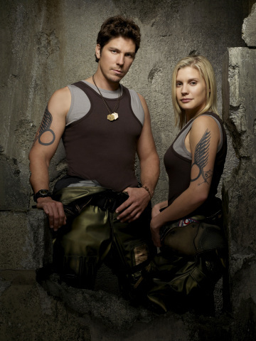Katee Sackhoff and Michael Trucco in Battlestar Galactica (2004)