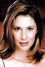Lindsey Stoddart's primary photo