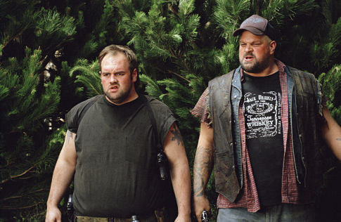 Abraham Benrubi and Ethan Suplee in Without a Paddle (2004)