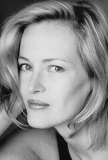 Aktori Gabrielle Lazure