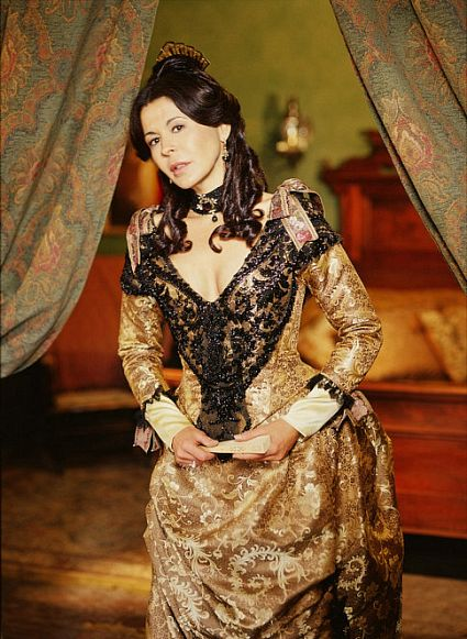 Maria Conchita Alonso in High Noon (2000)