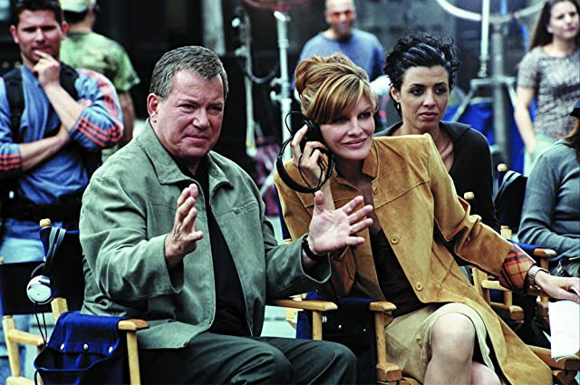 Rene Russo and William Shatner in Showtime (2002)