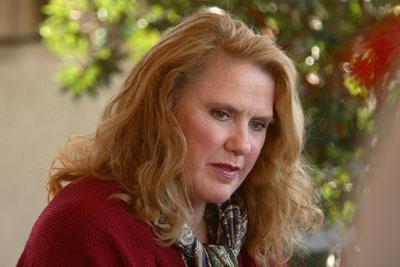 Celia Weston in 3 lbs. (2006)