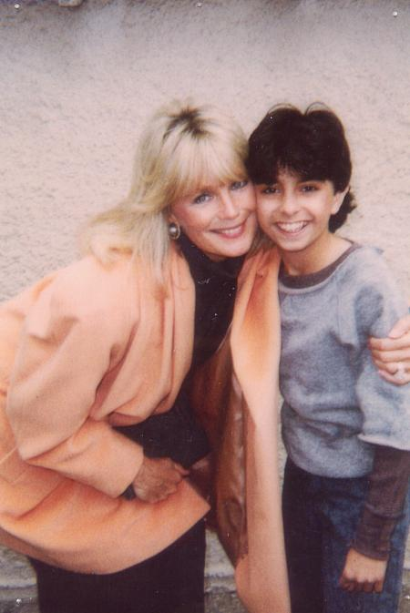 Linda Evans and Joe El Rady in Dynasty (1981)
