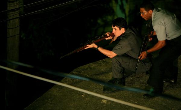 Caio Junqueira and André Ramiro in Elite Squad (2007)