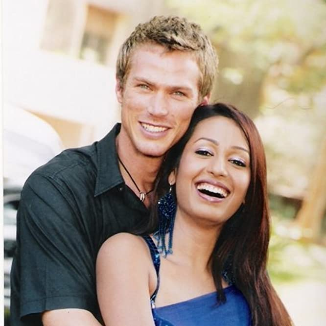 Jason Lewis and Kashmira Shah in My Faraway Bride (2006)