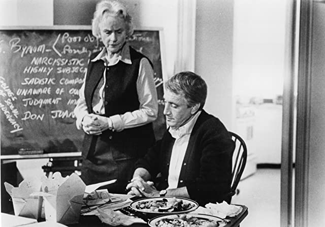 Roy Scheider and Jessica Tandy in Still of the Night (1982)