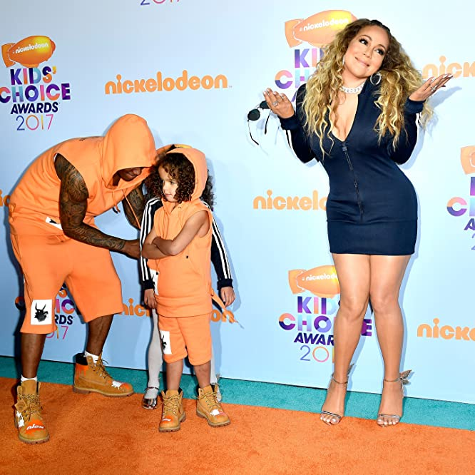 Mariah Carey, Nick Cannon, Moroccan Cannon, and Monroe Cannon at an event for Nickelodeon Kids' Choice Awards 2017 (2017)